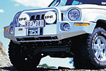 Передний бампер Chrysler Cherokee 01-05 5D с дугой Deluxe KJ winch bull bar 8/9/9.5 (ARB, 3450110)