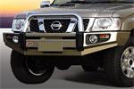 Передний бампер Nissan Patrol GR-Y61 04- 5D с дугой Sahara MODEL NO FOG (ARB, 3917040)