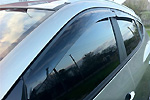 Дефлекторы окон темные Hyundai IX35 (Autoclover, A116)