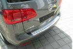 Накладка с загибом на задний бампер для Volkswagen Touran II 2010-2015 (Alu-Frost, 25-3600)