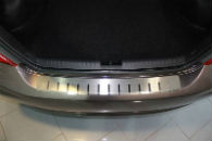 Накладка с загибом на задний бампер для Honda Civic (4D) 2012+ (Alu-Frost, 25-3977)