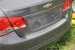 Накладка с загибом на задний бампер для Chevrolet Cruze (4D) 2012+ (Alu-Frost, 25-3981)