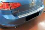 Накладка с загибом на задний бампер для Volkswagen Golf VII 2013+ (Alu-Frost, 25-3990)