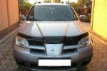 Дефлектор капота для Mitsubishi Outlander 2001-2007 (SIM, SMIOUT0012)