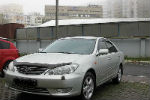 Дефлектор капота (с вырезом) для Toyota Camry 2000-2003 (SIM, STOCAM0012)