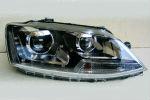 Передняя оптика для Volkswagen Jetta (Mk6) 2010+ (JUNYAN, VK181-B6WH0-BH)