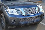Накладка на решетку радиатора (гриль) для Nissan Pathfinder/Navara (от 2010) (BGT-PRO, BGT-PRO-NRRG-NIS-PATH)