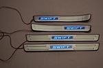 Накладки на пороги с подсветкой для Suzuki Swift 2010+ (Kindle, SZS-P)