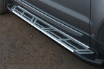 Боковые пороги Saphire V2 для Toyota Hilux 2006- (Can-Otomotive, TOHI.SAPHV2.47.3453)