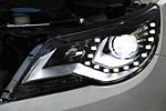 Передняя светодиодная оптика для Volkswagen Tiguan 2010- (JUNYAN, VWTIG.V2TYP10.01)